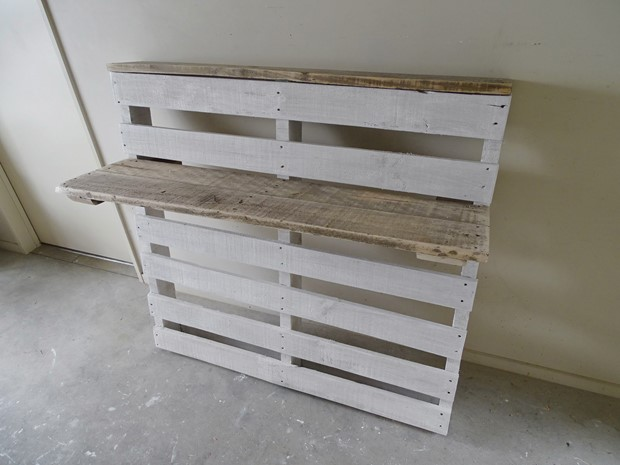 Photo of Reclaimed Pallet Bar