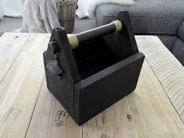 Photo of Wooden Bottle Carrier