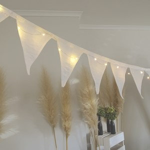 Product photo of White Bunting