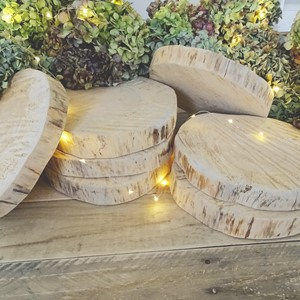 Product photo of Large Pine Log Slices